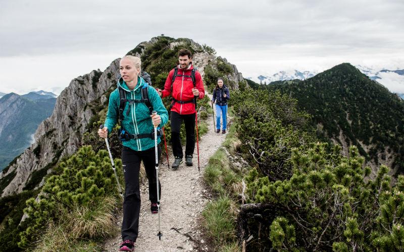 Choosing Ladies Trekking Poles Article
